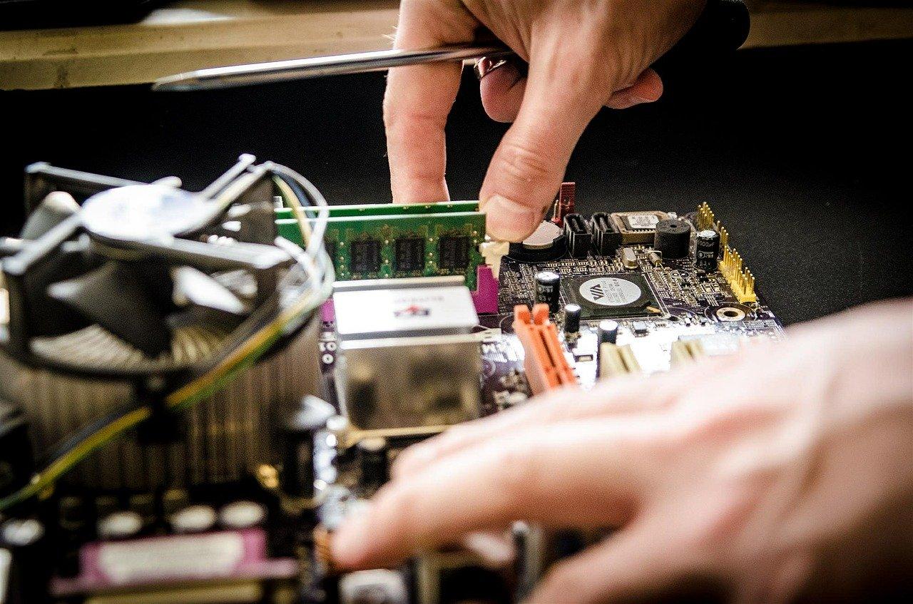 Comment démarrer une entreprise de réparation d'ordinateurs ?
