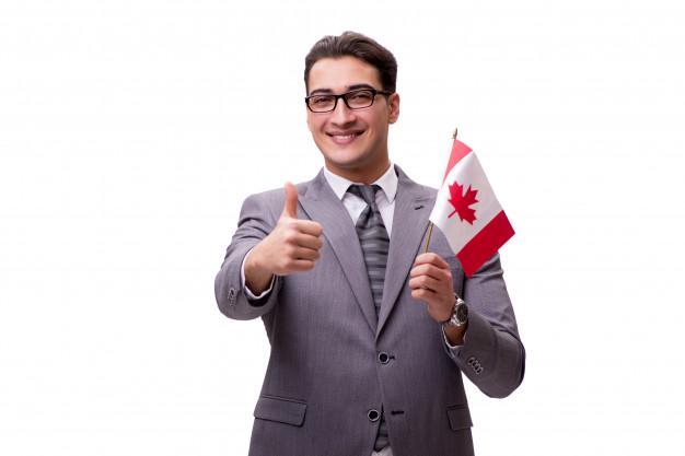 Les étapes à suivre pour travailler au Canada