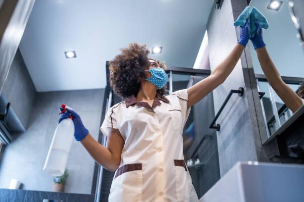 Femme de ménage : un métier pointilleux